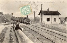 CHARTRETTES(77 SEINE ET MARNE) Passe à Niveau De Rouillon -le Train - Autres Communes