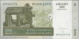TWN - MADAGASCAR 87b - 200 Ariary 2004 B XXXXXXX W UNC - Madagascar