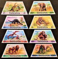 # Tanzania 1988**Mi.422-29 Prehistoric Animals , MNH  [20;51] - Briefmarken