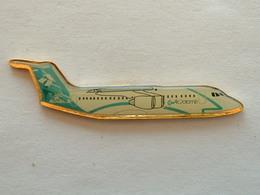 Pin's AVION - COMPAGNIE AIR DOLOMITI - Airplanes