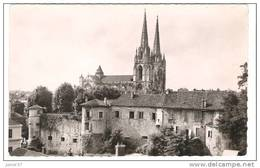 Bayonne, Château Vieux Et La Cathédrale - Bayonne