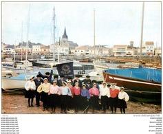 """Photo Cpsm Cpm 85 SAINT-GILLES-CROIX-DE-VIE. Groupe Folklorique """" Bise-Dur """" 17102 - Saint Gilles Croix De Vie"""
