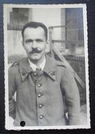 Photo Du Prisonnier Gabriel Bompun Au Stalag IVA , Cachets à L'arrière, Voir Photos - 1939-45
