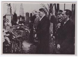 Dt.-Reich (001207) Propaganda Sammelbild, Deutschland Erwacht, Bild 120, Adolf Hitler Und Dr. Göbbels - Lettres & Documents