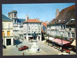 1863 LANGRES (52 Hte-Marne) Place Diderot ( Commerces : Pharmacie, Café, Bar , Restaurant Au Balcon ( Voiture Vauxhall ) - Langres