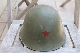 Casque YOUGOSLAVE époque TITO Et Guerre Civile - Cascos