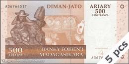 TWN - MADAGASCAR 88b - 500 Ariary 2004 DEALERS LOT X 5 - A XXXXXXX T UNC - Madagascar
