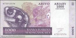 TWN - MADAGASCAR 89a - 1000 1.000 Ariary 2004 A XXXXXXX H UNC - Madagascar