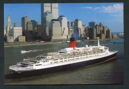 "Carte-photo - Paquebot ""Queen Elizabeth 2"" Devant Manhattan En 2000 - Ligne Cherbourg / New-York - Paquebots"