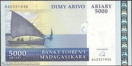 TWN - MADAGASCAR 91b - 5000 5.000 Ariary 2004 B XXXXXXX D UNC - Madagascar