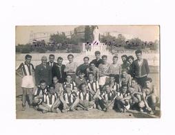 06 - GROUPE FOOTBALLEURS AU STADIUM  - ANTIBES - FORT CARRE - - Sports