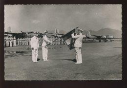 AVIATION - GUERRE D'INDOCHINE - PRISE D'ARMES AU GROUPE DE BOMBARDEMENT GASCOGNE - 1946-....: Ere Moderne