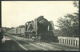 Réseau Du NORD Un Train Express Sur Le Viaduc De Chantilly Machine Pacific P.O. Série 3641-3680 - H. M. P.  N°67 - Trains