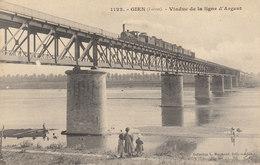 45 / Gien :  Viaduc De La Ligne D' Argent   ////   Avril 20 //  REF. N° 11.187 - Gien