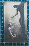 Gesù Sulla Croce Porge Corona Di Spine SANTINO Seb 182 Monocromo Bromuro - Santini