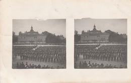 CARTE PHOTO STEREOSCOPIQUES ALENCON Place D'armes Remise Du Drapeau Du 303 Eme Régiment (carte Circulée )RARE - Alencon