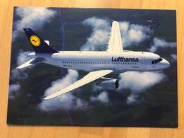 LUFTHANSA Airbus A319-100 POST CARD - Articles De Papeterie