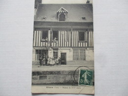 SUP RR CPA 1909 GP ANIME PLAN DE FACE CP CARTE 27 EURE GISORS MAISON HUGON FUMISTE XVI E No/site Ed BOURGEIX TB - Gisors