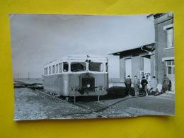 Photo Bazin ;gare ,trains ,tramways , Autorail En Gare De Marquion - Trains