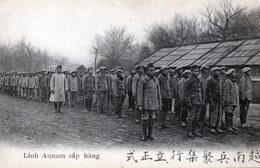"""Une Compagnie Au Rapport """"  Camp De Tirailleurs ANNAMITES """" - Regimientos"""