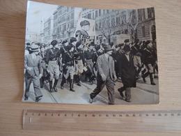 PHOTO DE PRESSE DES FETES CELEBRENT EN ITALIE L'INCORPORATION DES RECRUES 1935 - Guerra, Militares