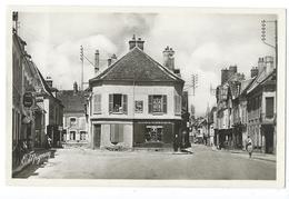 BRAY-sur-SEINE (Seine Et Marne, 77)  - La Rue De La Paix Et La Grande Rue - CPSM - Garage Citroën, Publicité Singer .... - Bray Sur Seine