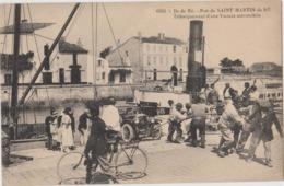"""Ile De Ré (17) - CPA - Pont De St MARTIN De RE, Débarquement D'un Voiture, Vapeur """"le Coligny"""" - Ile De Ré"""