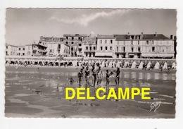 DF / 85 VENDÉE / SABLES D' OLONNE / LA PLAGE , HÔTELS BEAU-RIVAGE ET LA COMÈTE - Sables D'Olonne