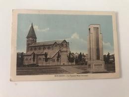Carte Postale Ancienne (1950) BOUSSOIS Le Square Paul Doumer - France