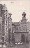 18. AUBIGNY. Intérieur De La Cour Du Château - Aubigny Sur Nere