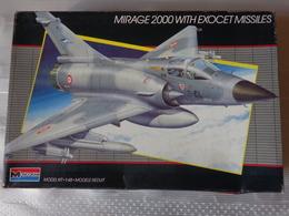 Maquette Avion Militaire-en Plastique-1/48 Monogramm  MIRAGE 2000  WITH EXOCET Ref  5446 - Airplanes