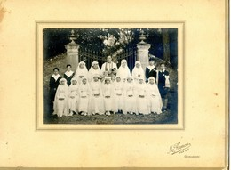Photo De Groupe - Communion Solennelle  - Garcons Et Filles - Photo : Ramon - Castelnaudary - Personnes Anonymes