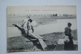 LA NOUVELLE.  La Passerelle De La Plage - Port La Nouvelle