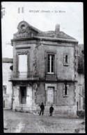 CPA ANCIENNE- FRANCE- BOUJAN (34)- LA MAIRIE EN TRES GROS PLAN AVEC ANIMATION - Frankreich