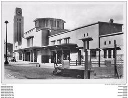 Photo Cpsm Cpm Algérie. PHILIPPEVILLE. Gare Et Hôtel De Ville - Algeria