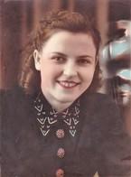 1949 Pretty Girl   - Portrait En Studio Jolie Fille - VINTAGE  Soviet Russian Hand Tinted Photo - Anonymous Persons