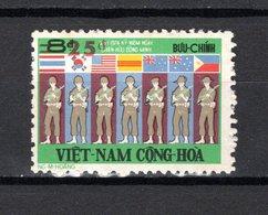 VIETNAM DU SUD   N° 517    NEUF SANS CHARNIERE COTE 10.00€    ALLIES SURCHARGE - Vietnam