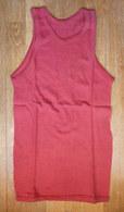 DEBARDEUR MAILLOT DE BASKET EN COTON ROUGE Liserets Rouges Années 40-50 - Vintage Clothes & Linen
