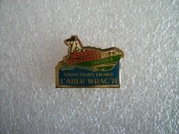 Pin's SNSM L'Aber Wrac'h - Finistère - Associations