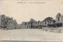 L130A_221 - Fismes - Place De L'Hôtel-de-Ville - Fismes