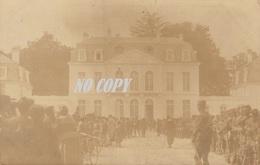 86 LES ORMES Drapeau Du 66° Dans La Cour Du Chateau - France