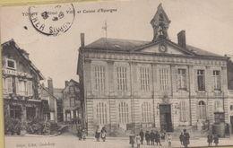 Toucy : Hôtel De Ville Et Caisse D'Epargne - Toucy