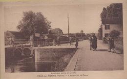 Vaux Sur Yonne : L'Ecluse Et Le Canal - Other Municipalities