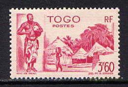 TOGO  - 246** - CASES DU VILLAGE D'ATKPAME - Togo (1914-1960)
