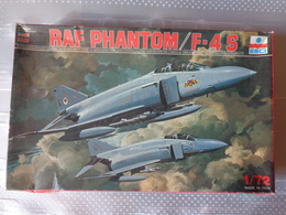 Maquette Avion Militaire-en Plastique-1/72 Esci Ref Phantom / F - 4 S   Ref  9045 - Airplanes