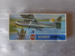 Maquette Avion Militaire-en Plastique-1/72 Airfix Defender  Ref 02062 - Airplanes