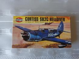 Maquette Avion Militaire-en Plastique-1/72 Airfix Curtiss Sb2c Helldiver    Ref 02031 - Airplanes