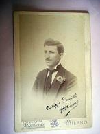 PHOTO GRAND CDV 19 EME HOMME ELEGANT MOUSTACHE  Cabinet PIAZZA AMBROGIO A MILANO ITALIE - Anciennes (Av. 1900)