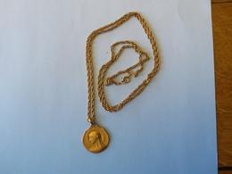 Médaille Marie Signé Tairac Fix - Religion & Esotericism