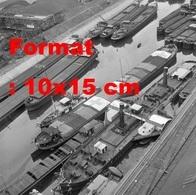Reproduction D'une Photographie Ancienne D'une Vue D'ensemble Depéniches Au Port Du Rhin à Bâle En Suisse En 1945 - Repro's